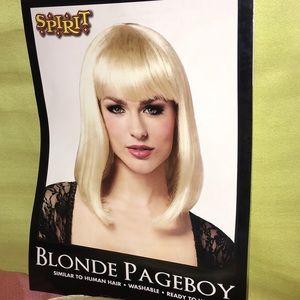 Spirit Halloween Dress Up Blonde wig! 👻💀🎃